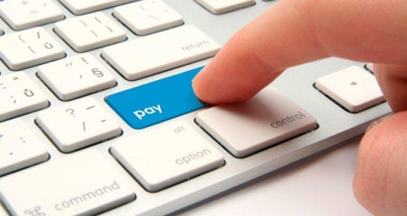 Ok dall'UE al tetto sulle commissioni applicate alla moneta elettronica