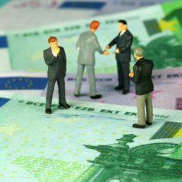 Lavoro: la classifica con gli stipendi, provincia per provincia