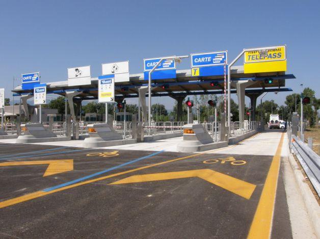 Autostrade: telecamere installate per tracciare gli automobilisti, il caso