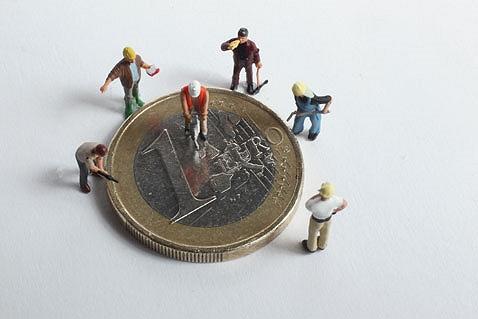 Online il decreto attuativo riguardante il microcredito