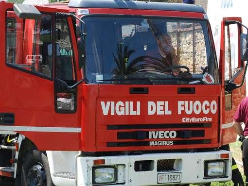 Vigili del Fuoco esclusi da bonus 80 euro a forze dell'ordine