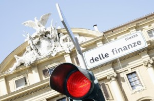 Ingresso del ministro del Tesoro a Roma. REUTERS/Alessandro Bianchi