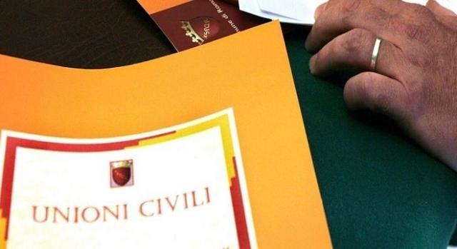 Unioni Civili: arriva la Circolare con le prime indicazioni