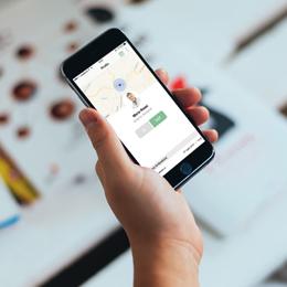Timbrare il cartellino con l'app? Dal Garante ok alla rivoluzione