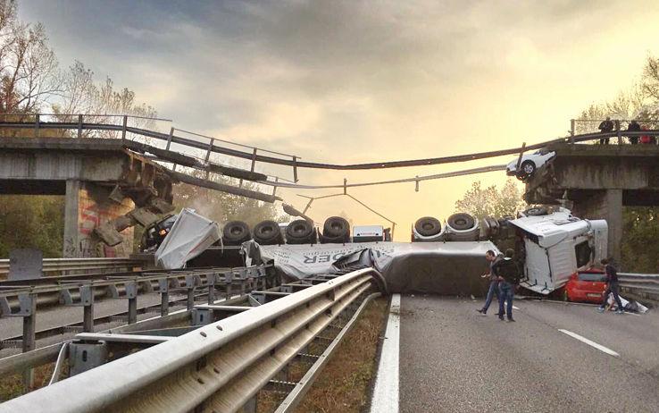 Crollo del Cavalcavia: la denuncia di Conftrasporto ignorata
