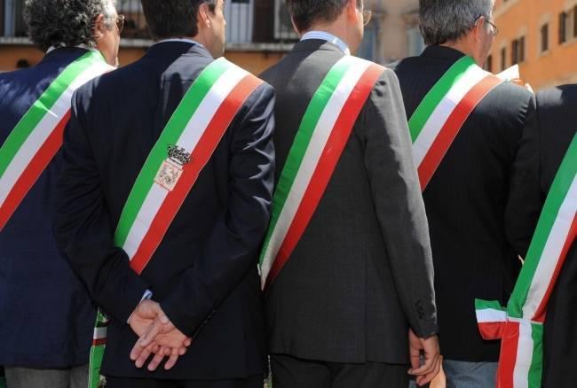 Classifica dei Sindaci italiani, i più amati ed i più odiati