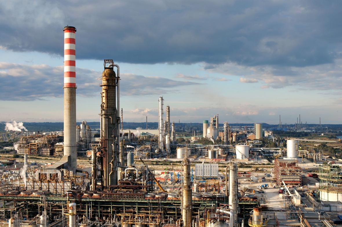 Sequestri Impianto Petrolchimico di Siracusa: il parere di Legambiente