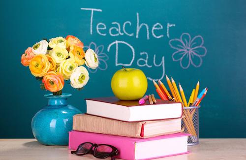 Giornata degli Insegnanti: qual è la situazione?