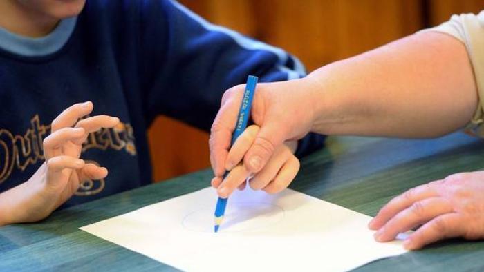 Sostegno, massimo di 20 alunni per classe in presenza di disabili
