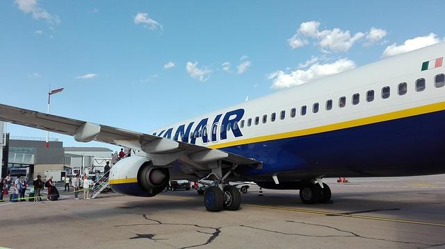 Ryanair: ecco come sono cambiate (in peggio) le normative sul bagaglio a mano