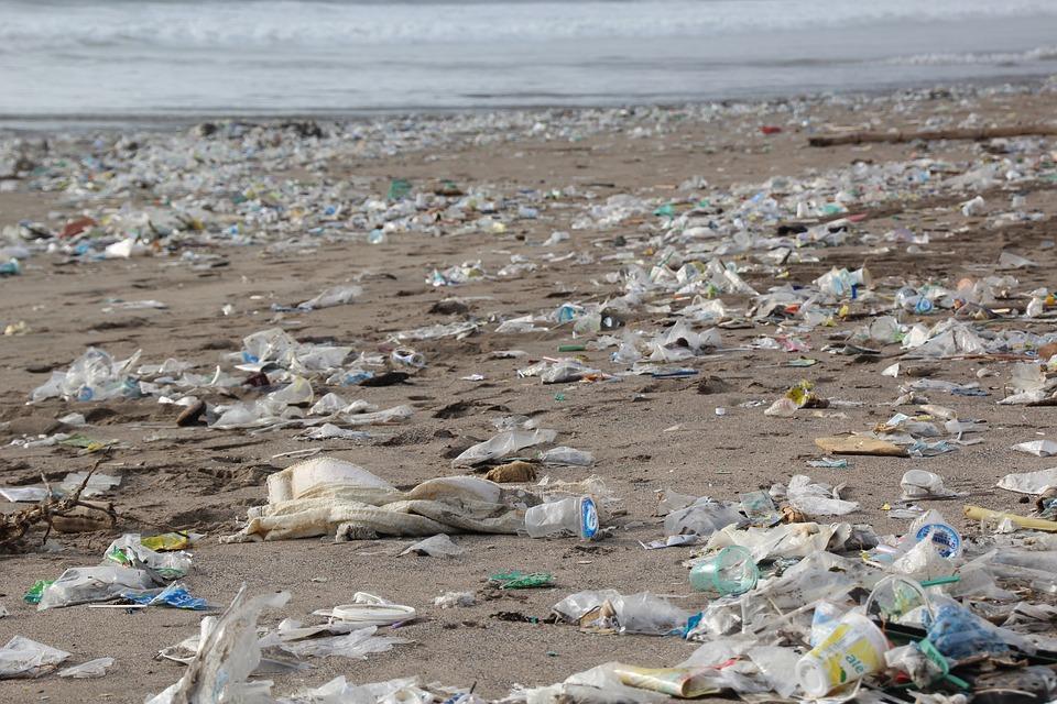 Beach Litter 2018, l'indagine di Legambiente sulla plastica nelle spiagge
