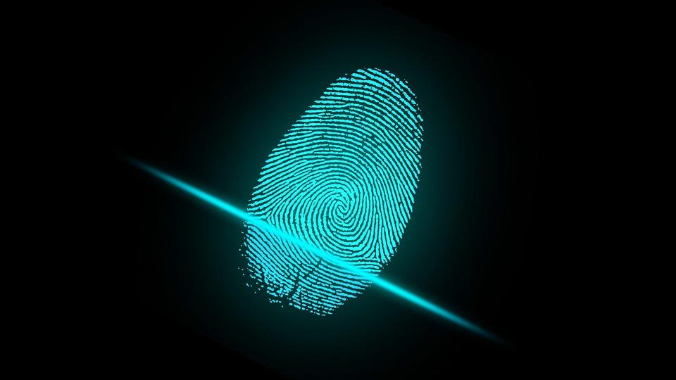 PA, ispezioni e impronte digitali contro i furbetti del cartellino