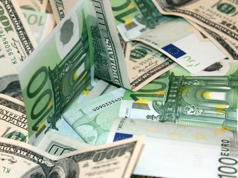 Stipendi in Contanti: dal 1° Luglio multe e sanzioni