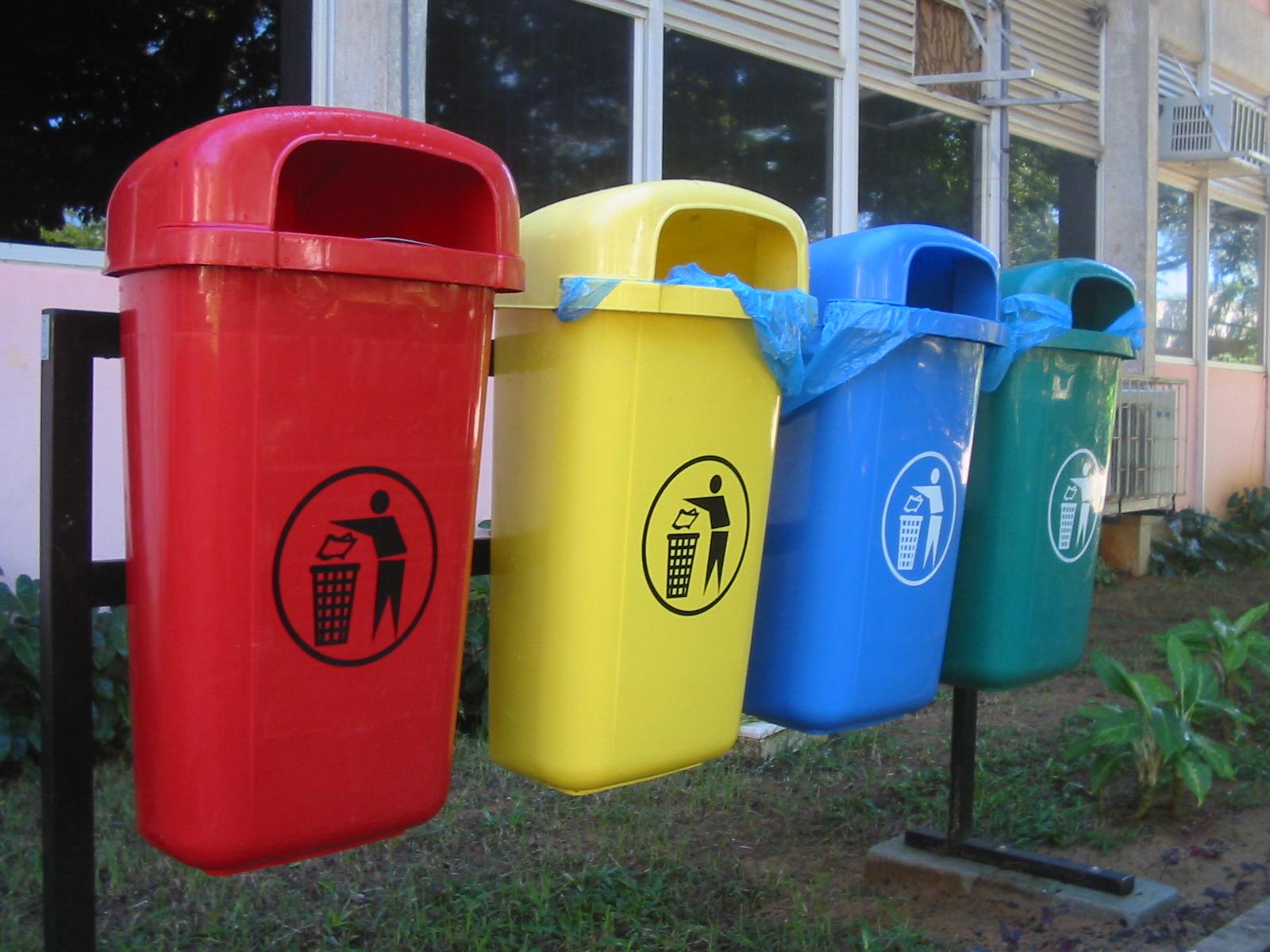 Raccolta differenziata dei rifiuti: gli italiani non credono sia utile?