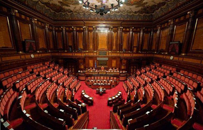 Il Senato esamina ILIAD e le sue offerte in Italia