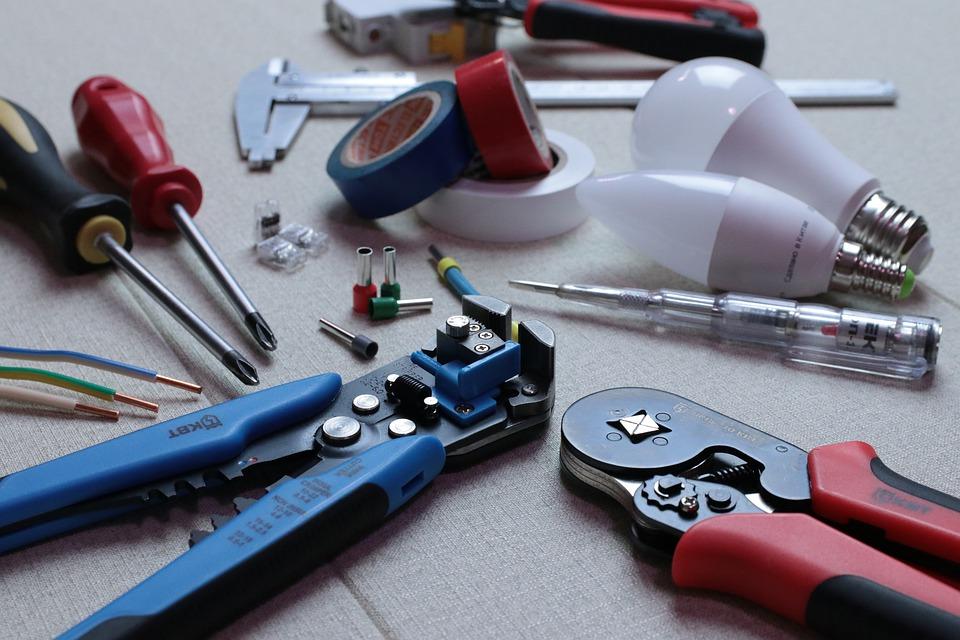 L elettricista un pronto intervento per l impianto elettrico di casa nostra - Elettricista modena pronto intervento ...
