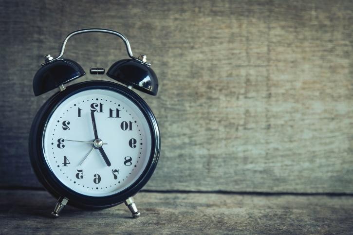Lavoro: aumentano contratti a termine, diminuiscono quelli a tempo indeterminato