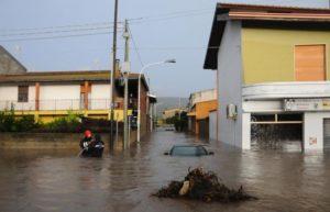 alluvione-sardegna-crolla-ponte