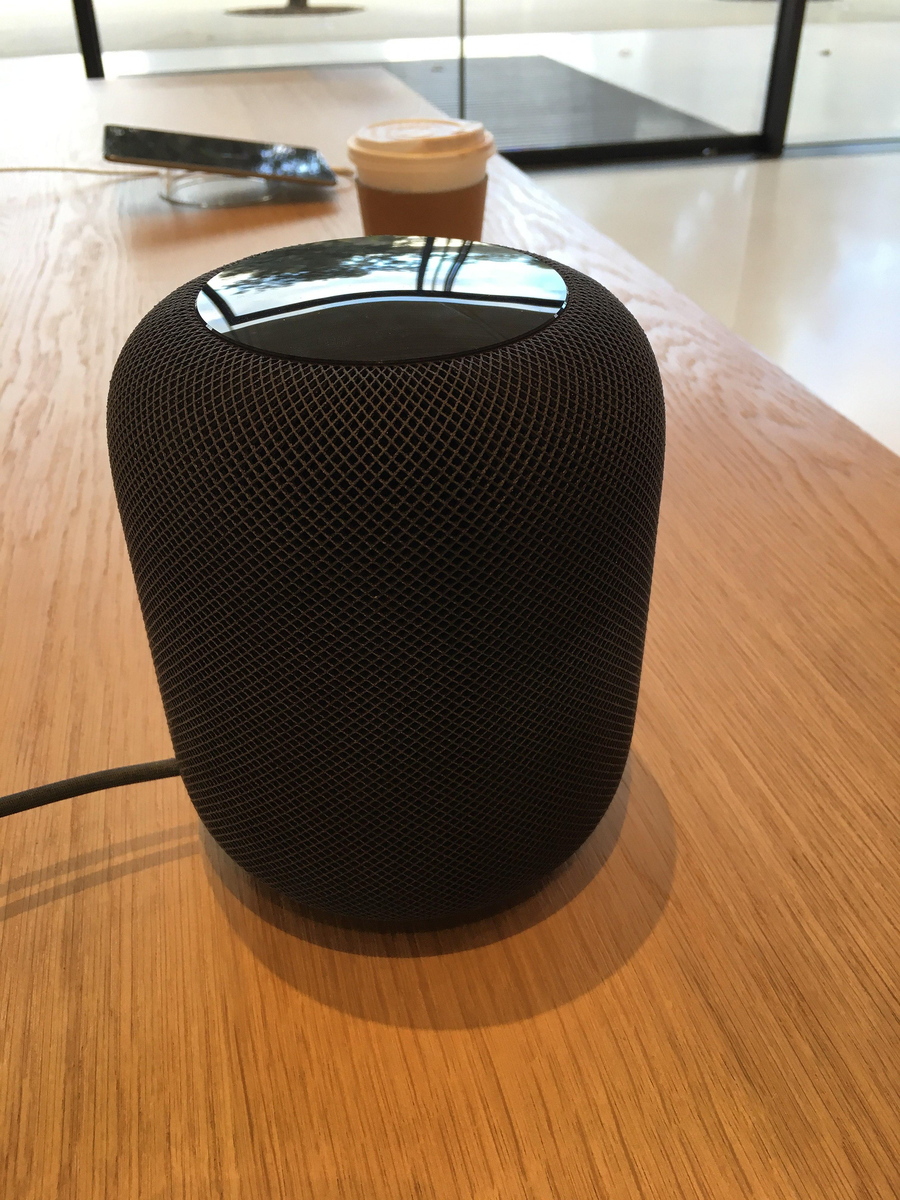 Smart Home speaker: le funzionalità di Apple HomePod