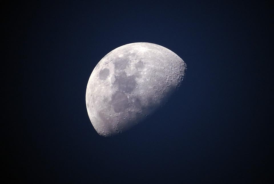 La sonda cinese Chang'e-4 è arrivata sulla faccia nascosta della Luna