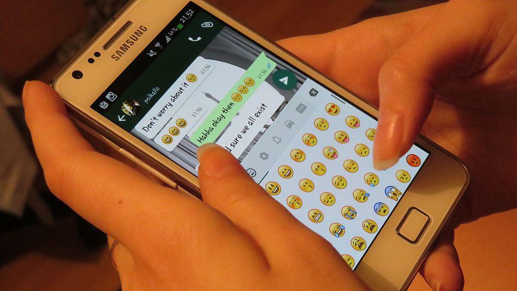 chat-whatsapp-valore-legale-cassazione