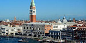 Venezia, tassa di ingresso per i turisti
