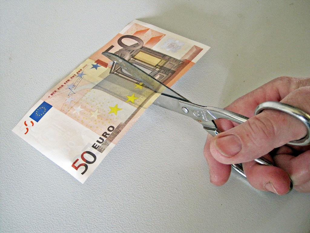Stipendi in Italia: più bassi rispetto a 10 anni fa, la situazione