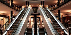chiusure-domenicali-negozi