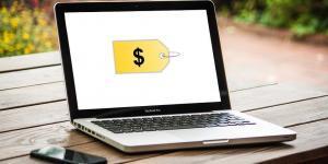 shopping-online-girada-risarcisce-clienti