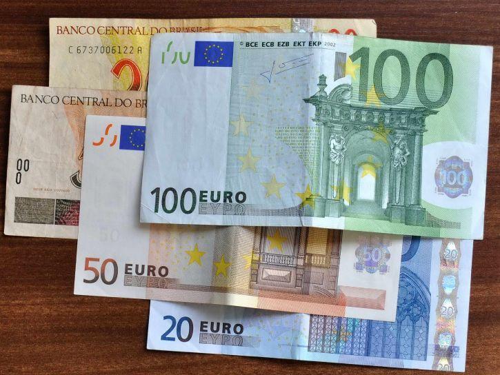 nuove-banconote-100-200-euro
