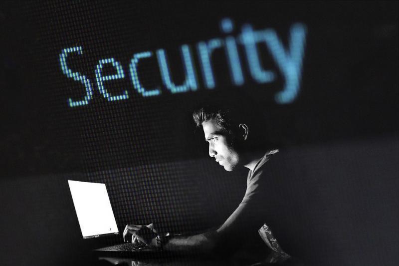 attacco-informatica-azienda-bologna