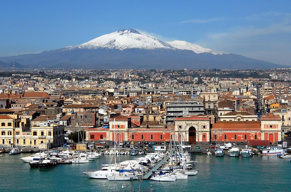 Catania protagonista su Expedia grazie alla Tassa di Soggiorno