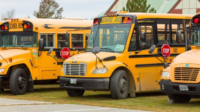 norma-salva-scuolabus-comuni