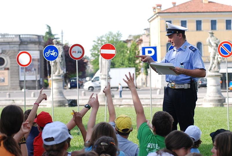 concorso-polizia-municipale-napoli-2019
