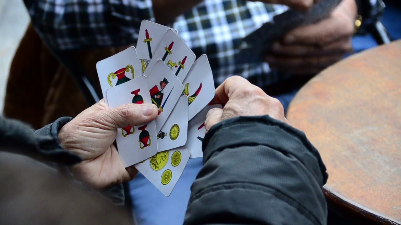 giocare-a-carte-nei-bar-legale