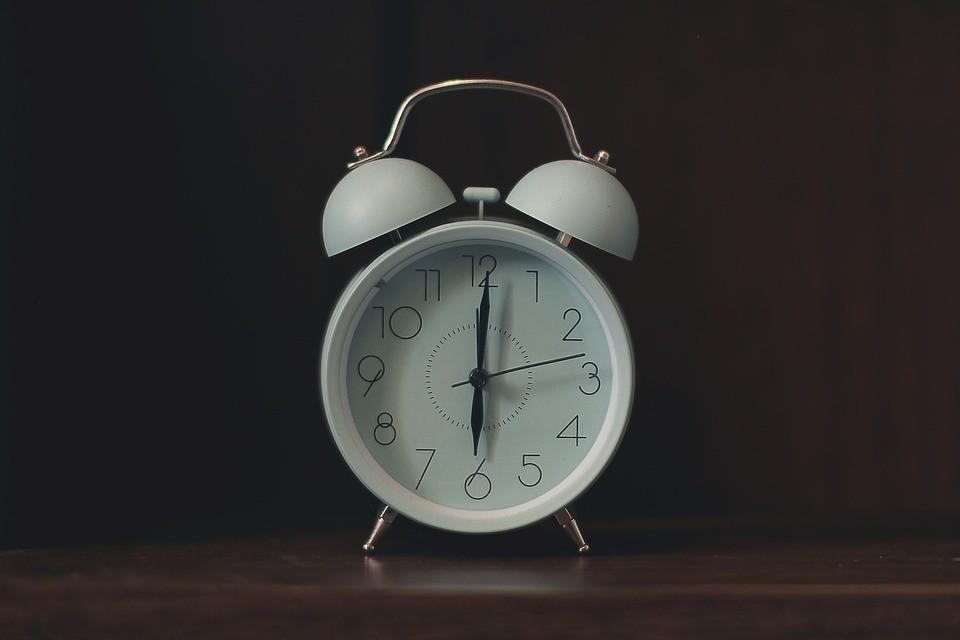 lavoro-giornaliero-dieci-ore-dipendenti-pubblici
